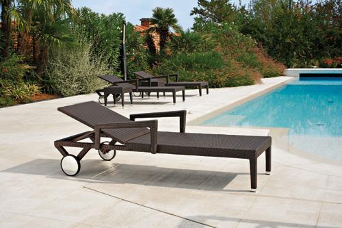 lit bain de soleil en aluminium. Black Bedroom Furniture Sets. Home Design Ideas